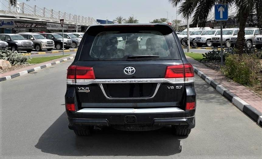 Armored Land Cruiser VXR Grand Touring